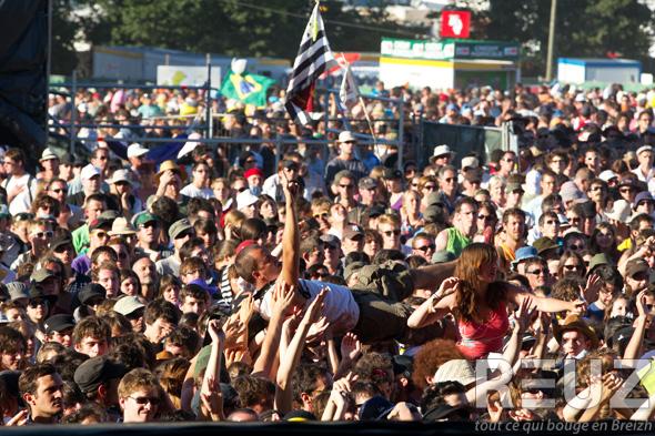 festival-des-vieilles-charrues-2012-reuz